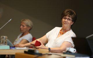 """Sabine Hiekel, Gleichstellungsbeauftragte der Stadt Cottbus, bei der Workshopreihe """"Empowerment"""""""